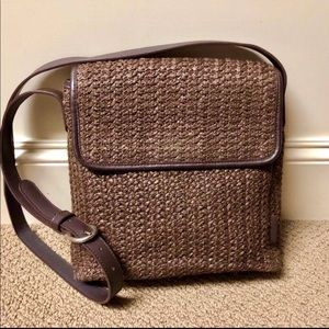 Like new woven straw Fossil bag